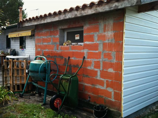 Pin renovation par bardage on pinterest black bedroom for Planche douglas castorama